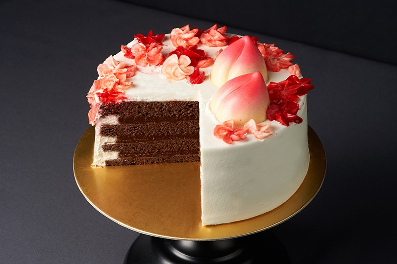 THE AUSPICIOUS FULL BLOOM LONGEVITY CAKE